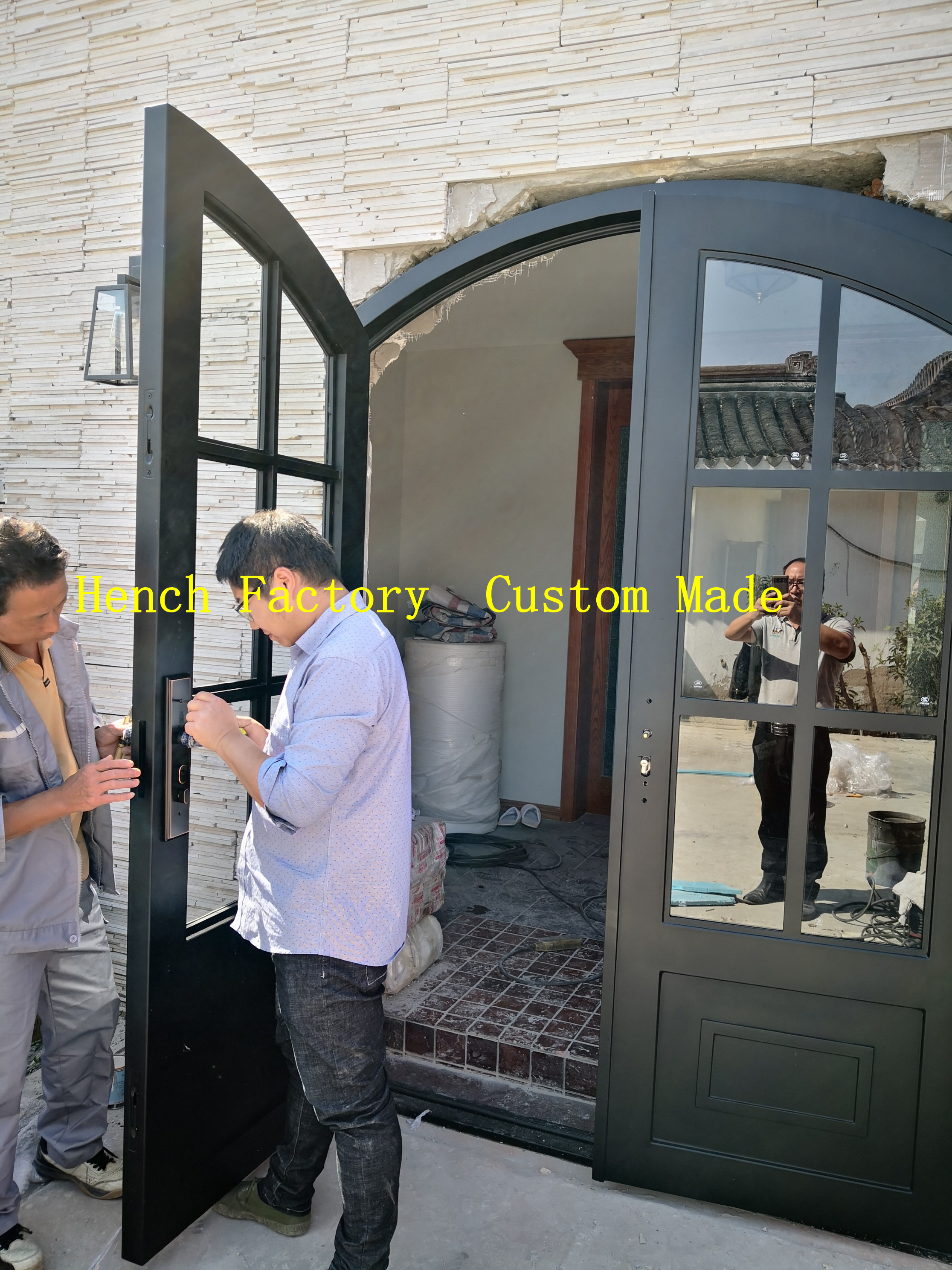 Shanghai Hench Brand China Factory 100% Custom Made Sale Australia Iron Gate With Glass