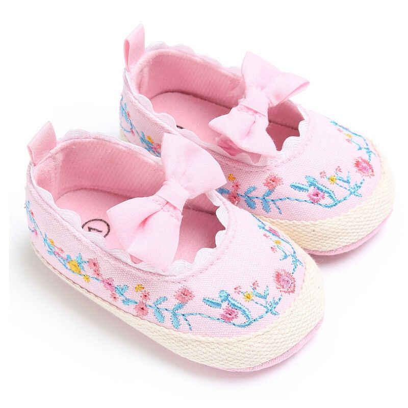 ทารกแรกเกิดทารกเด็กหญิงรองเท้าเย็บปักถักร้อยนุ่ม Sole Prewalkers เด็กวัยหัดเดิน Anti-SLIP รองเท้ารองเท้าผ้าใบ