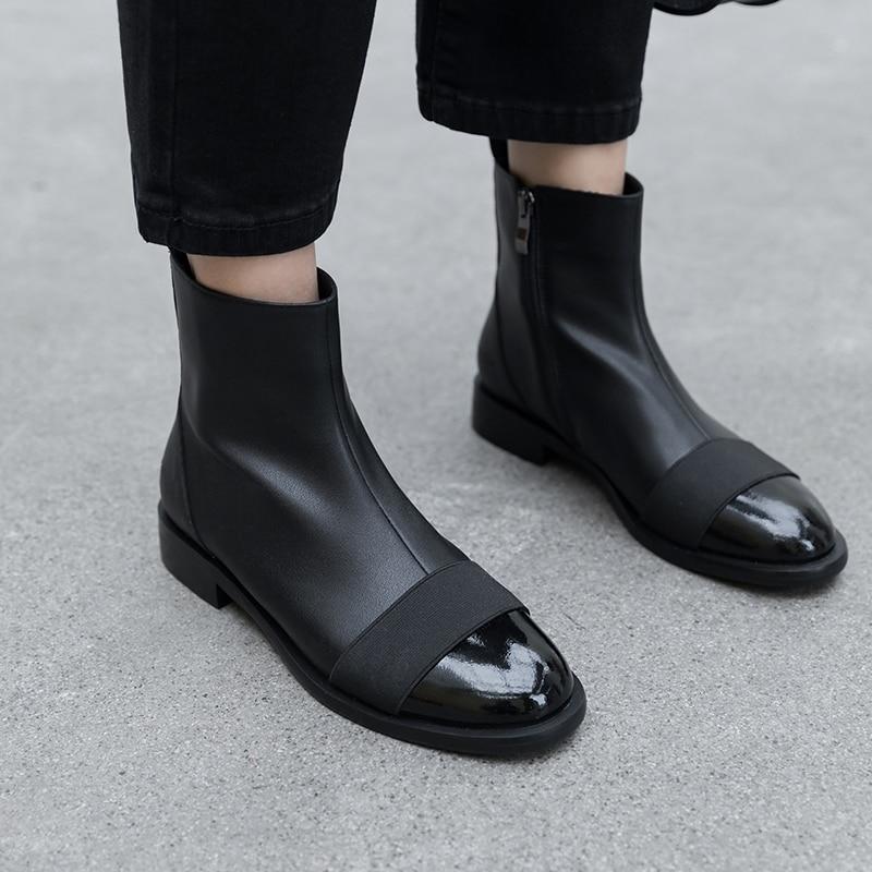 Botas de tobillo de mujer de cuero genuino de vaca Donna in negro blanco mezclado Color cremallera botas planas de tacón bajo Casual señoras zapatos de otoño-in Botas hasta el tobillo from zapatos    3