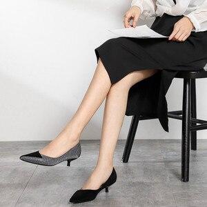 Image 3 - حجم كبير أحذية امرأة مطرزة القماش كريتال رقيقة عالية الكعب 3.5 سنتيمتر 2020 أحذية نسائية مكتب سيدة الوظيفي بوينت تو الانزلاق على الكعوب