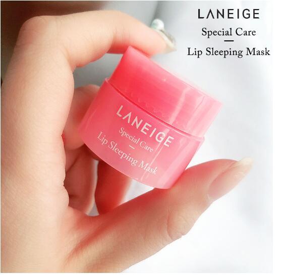 Coréia Lip Máscara de Dormir a Noite de Sono Manutenção Umedecido Batom dos Lábios Cor de Rosa Creme de Clareamento Nutrir Proteja Lips Cuidados 3G