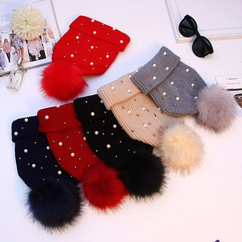Fashion Peral Warm Winter Hat Women Solid Color Knitted Skullie Beanies Pompom Pom Pom Hats Female Outdoor Cap