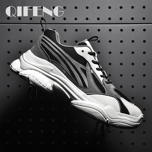 Image 1 - 2020 رائجة البيع حذاء كاجوال نساء موضة أحذية رياضية الذكور تنفس الرياضة أحذية النساء الربيع الرجال شبكة أحذية Zapatos De Mujer
