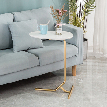 Simple modern side table sofa corner table lazy bedside reading table tea table solid wood countertop solid wood coffee table round small table simple sofa side table nordic side table