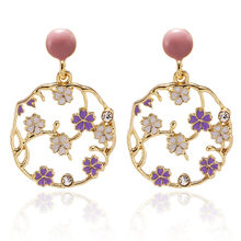 New Fashion Earrings For Women Exquisite Small Flower Studs Earrings Female Concise Statement Ear Jewelry Wholesale Price(China)