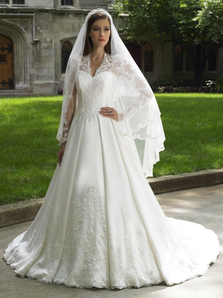 Free Shipping 2016 Cathedral Wedding Gowns Long Sleeves Lace Royal Princess Bridal Wedding Gown Bridal Wedding Dress Custom