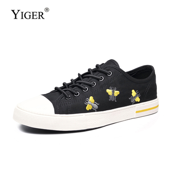 YIGER New men Sneakers Man Vulcanized shoes Flat Casual embroidered lace-up shoes male Cavans shoes man Vulcanized shoes недорого
