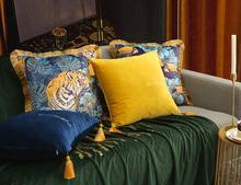Luxury Velvet Tassels Pillow Case Decorative Cushion Cover Tiger Woodpecker Sofa Chair Bedding Sofa Car Throw Pillows