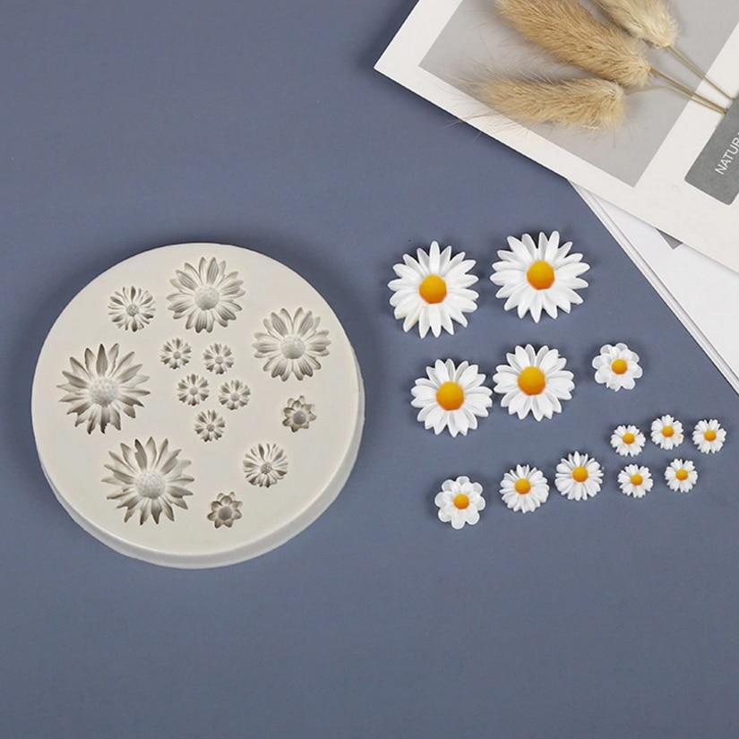 Daisy Wild Chrysanthemum Flower Shape Silicone Mold Sugarcraft Chocolate Cupcake Baking Mold Fondant Cake Decorating Tools