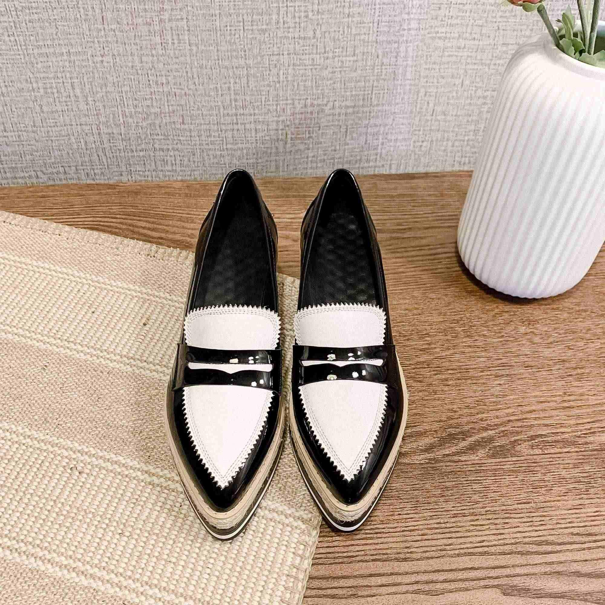 Krazing Pot takozlar kalın alt karışık renkler hakiki deri makosenler ayakkabı sivri burun kayma İngiliz okulu kadın pompaları L53