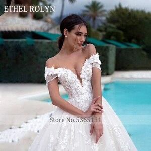 Image 3 - 高級ビーズ王女のウェディングドレス 2020 ショルダーaライン 3D花花嫁カスタマイズvestidoデnoiva