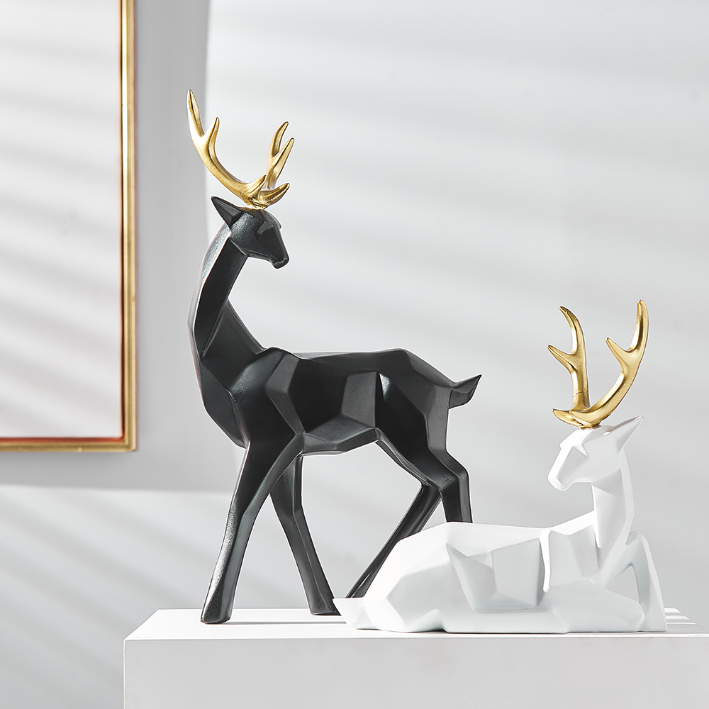 Resin Animal Figurines Home Decoration Accessories For Living Room Modern Deer Statues Feng shui Office Desk Decorative Gifts