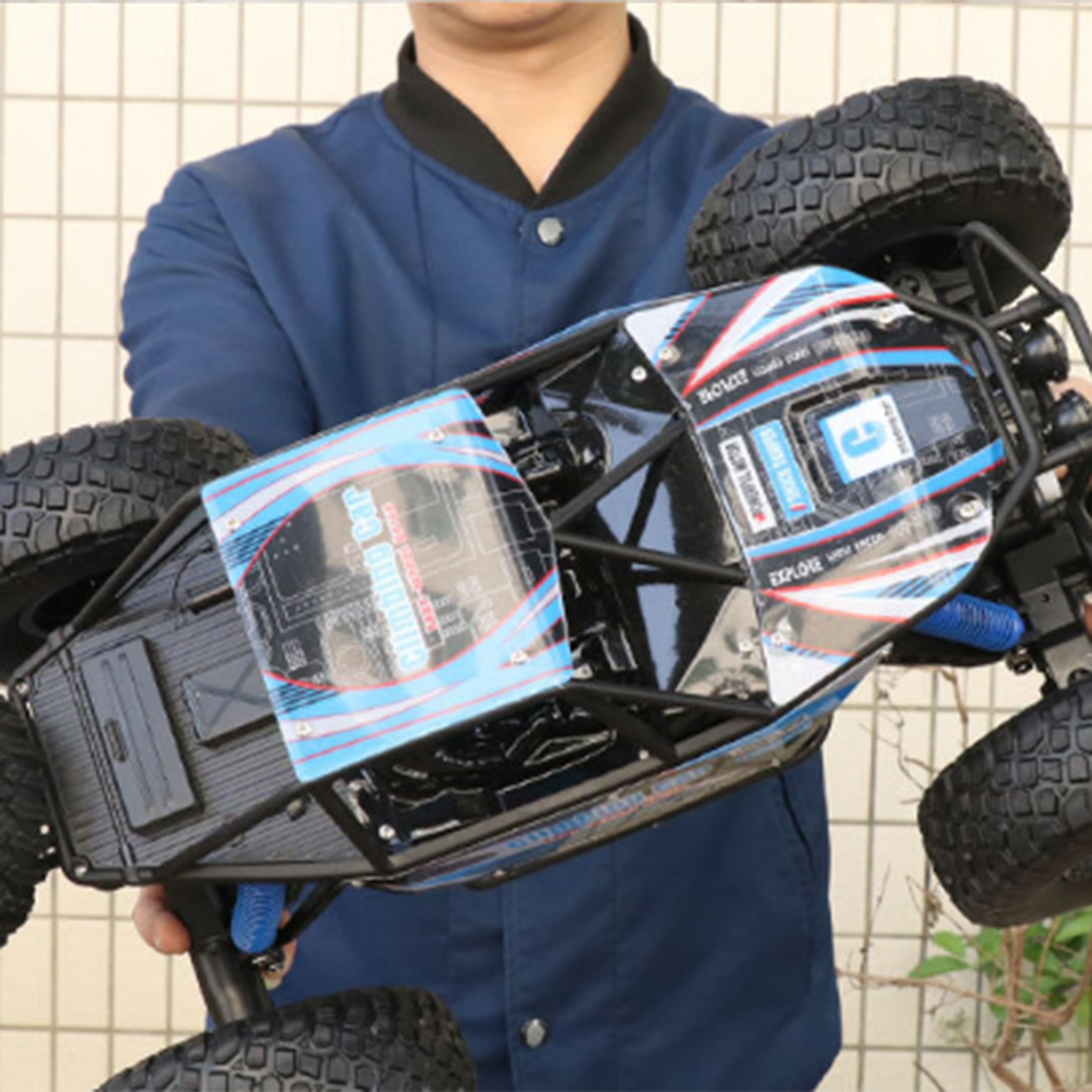 48cm 1:10 4WD 2.4G RC Monster Truck High Speed Racing Car Off Road Vehicle For Child School Play Education Birthday Gift Blue - 3