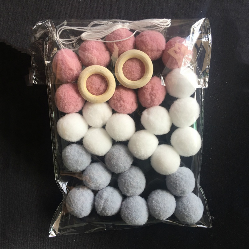 30 Hair Balls Scandinavian Style Home Soft Fitted Children Room Girl House Handmade Wall Felt Balls Decor Hunging Mascot Toys