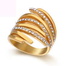 Gold color plated finger ring fashion crystal jewelry titanium steel figure rings for women free shipping