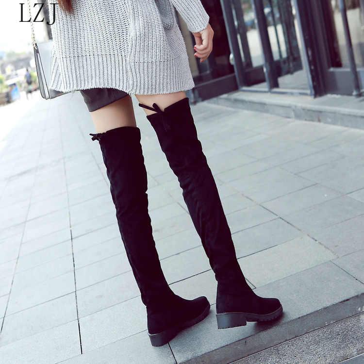 Lzj Mới Đùi Cao Cấp Giày Nữ Mùa Đông Giày Phụ Nữ Trên Đầu Gối Giày Căng Phẳng Gợi Cảm Thời Trang 2019 Đen botas Mujer