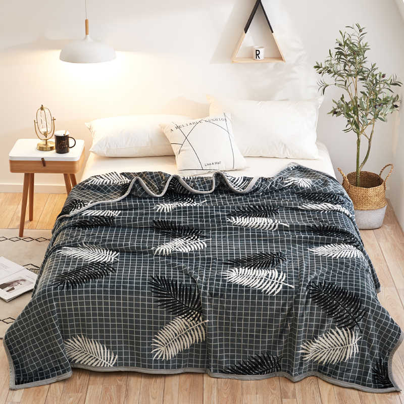 Leaves High quality Thicken plush bedspread blanket 200x230cm High Density Super Soft Flannel Blanket to on for the sofa/Bed/Car