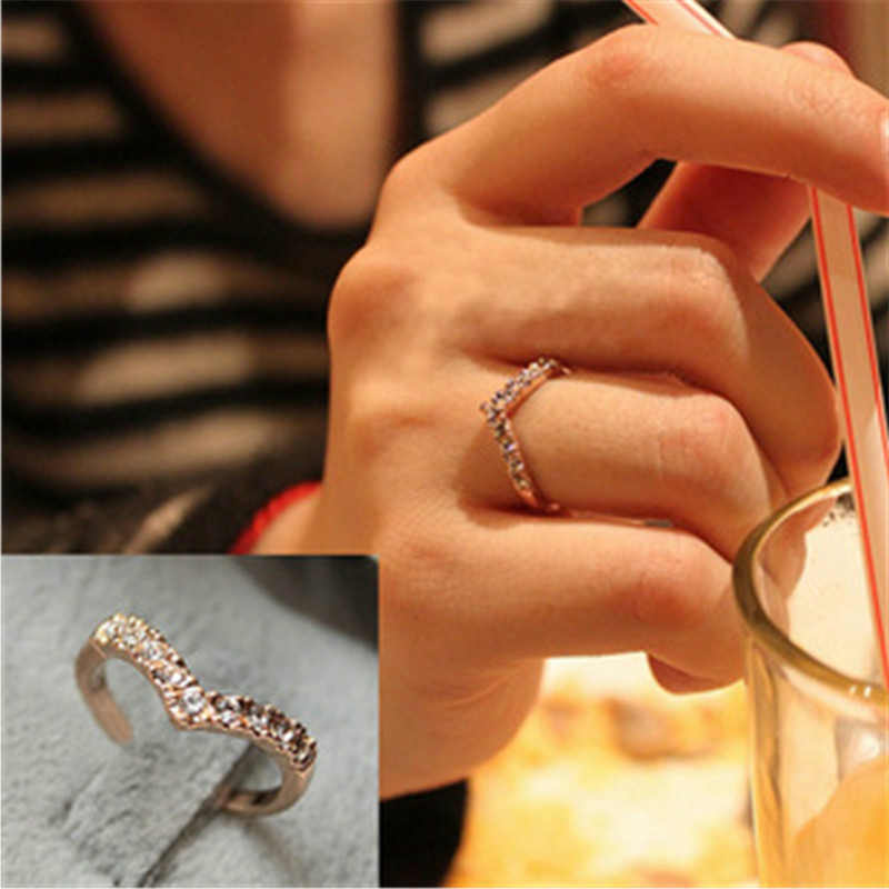 New Rose Gold Rhinestone Rings For Women Gold Hollow Ring Cross Lady Engagement Ring Female Jewelry Wedding Rings For Women Gift