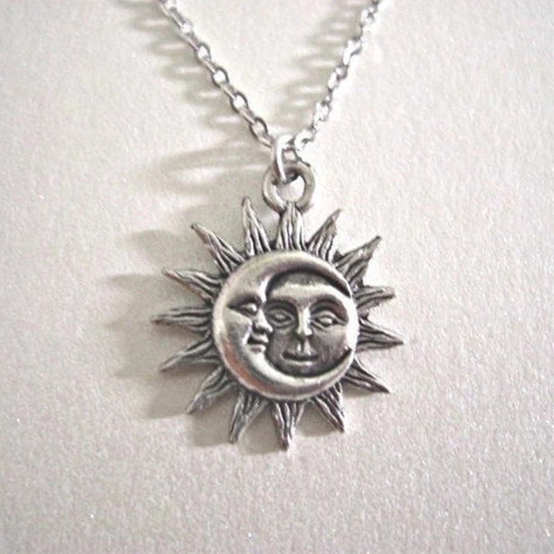 Sun and Moon Pendant Necklace Charm Chain Necklaces for Women Choker Necklace Wedding Fashion Jewelry Gift