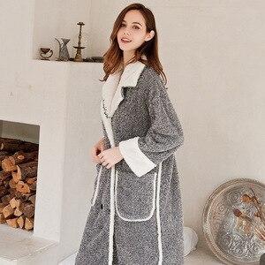Image 5 - 2019 cardigan inverno pijamas das mulheres quente roupão grosso quente coral velo bordado robe solto roupas de casa sleepwear