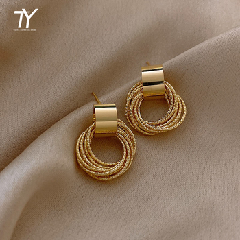 Retro Metallic Gold Multiple Small Circle Pendant Earrings New Jewelry fashion Wedding Party Unusual Earrings For Woman 1