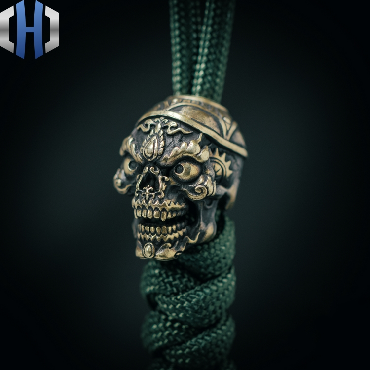 Original Skull Knife Pendant Outdoor EDC Survival Paracord Beads Car Keychain