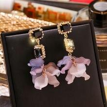 Модные серьги с кристаллами из смолы лепестками черной розы