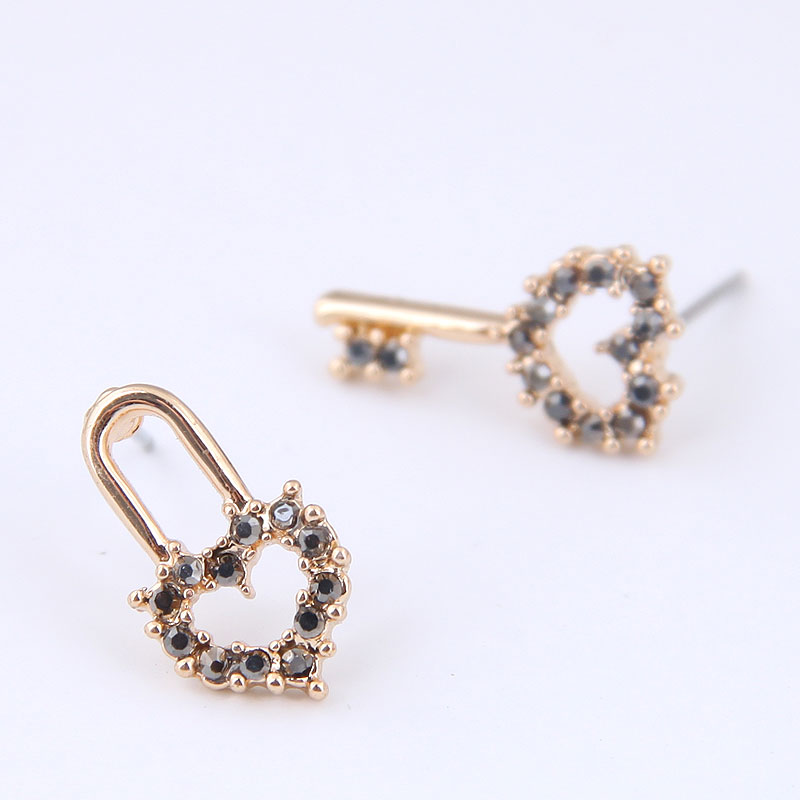 2020 New Jewelry <font><b>Heart</b></font> Shape Crystal Stone <font><b>Lock</b></font> Key Stud <font><b>Earrings</b></font> Asymmetry Women Girls Gift Jewelry Gold Color image