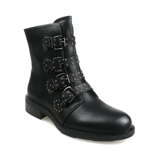 Купить с кэшбэком Fashion Women Short Boots Autumn Leather Buckle Ladies Ankle Boots Flat Rivet Woman Fall Winter Punk Motorcycle Girls Boots Feam
