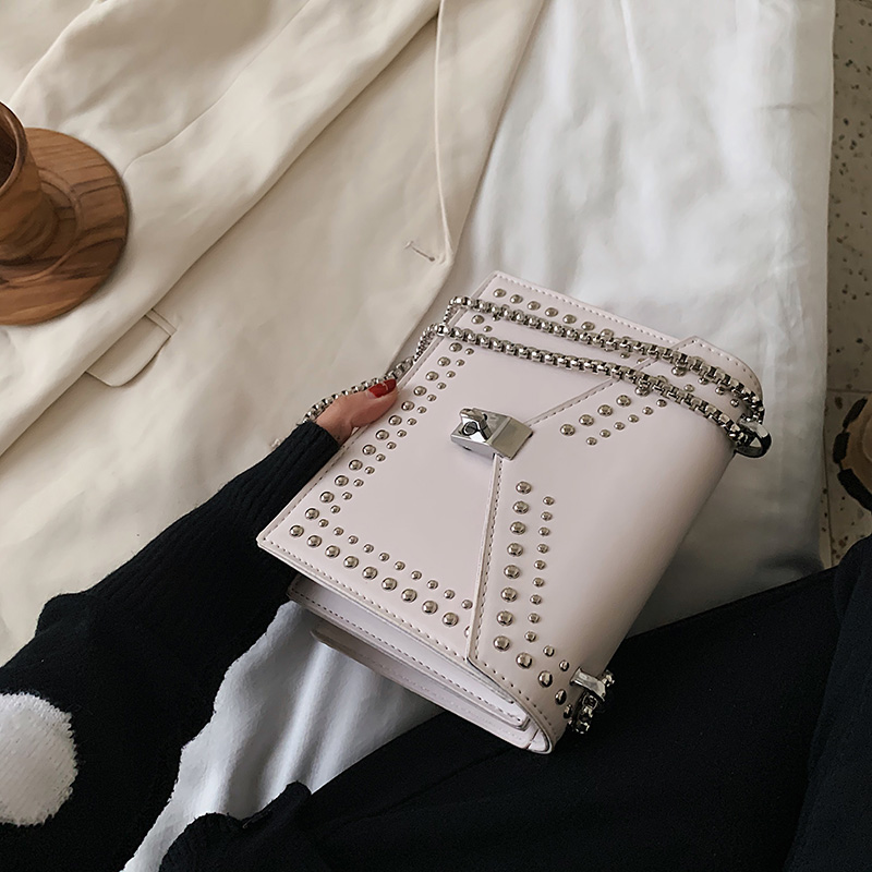Scrub Leather Small Shoulder Messenger Bags For Women 2020 Chain Rivet Lock Crossbody Bag Female Travel Mini Bags