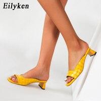Eilyken 2020 nouvelles Mules dames chaussures talons bas mode Unique impression cuir été pantoufles en plein air Peep orteil concepteur sandales