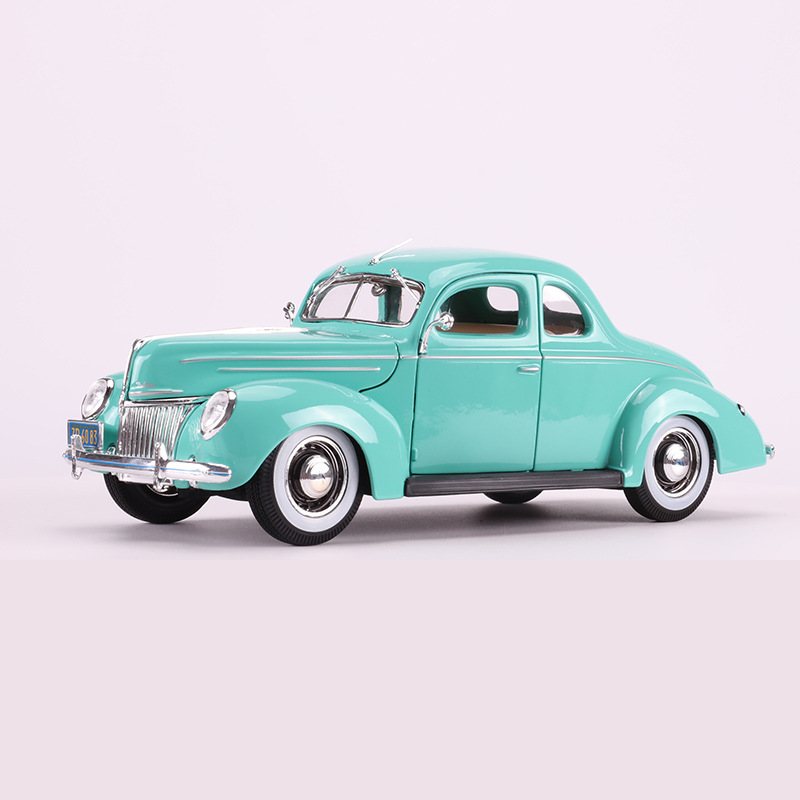 Maisto 1: 18 Model Alloy Car Model 1939 Ford Classic Car Model