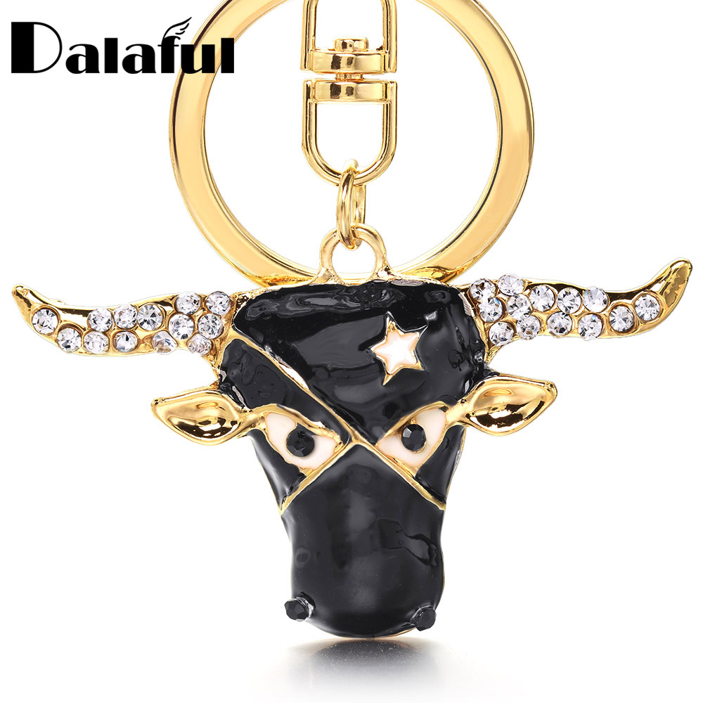 Creative Cow Head Keychain Crystal Cattle Charms Star Key Chain Key Holder Charm Pendants Rhinestone Gift Llaveros K402