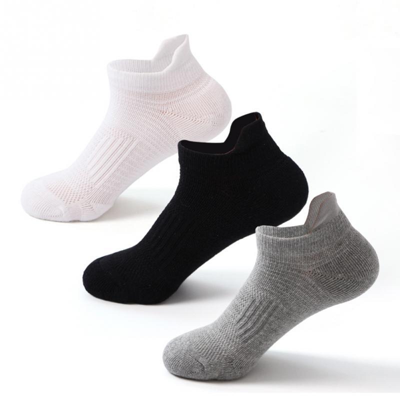 2020 New Fashion Black Grey Men Socks Comfortable Breathable Running Sport Socks Cotton Blend Spring Summer Ankle Short Sock