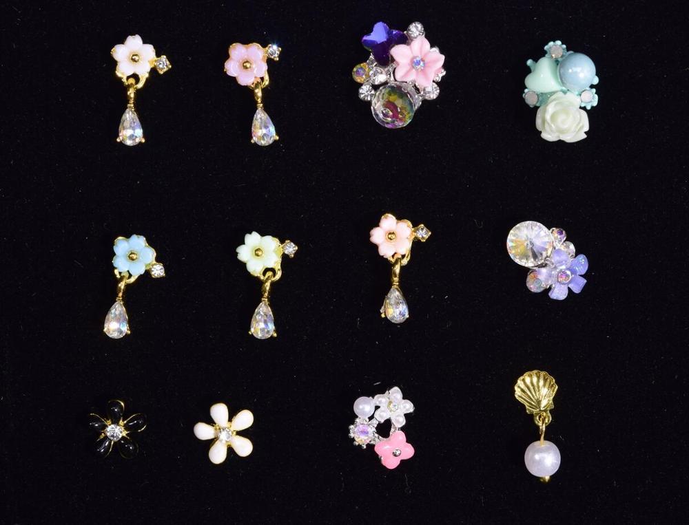 Lot 100pc paillettes fleur colorée 3D Nail Art décorations avec strass, alliage ongles bijoux à breloques pour ongles Gel/vernis outils