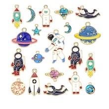 Mixed Style 10pcs Space Drop Oil Alloy Enamel Cosmonaut Pendants Planet Copper Plated Charm Diy Jewelry Findings Components cheap LOST WAY Copper Alloy Sun Moon Stars M177 Metal TRENDY 9-22mm