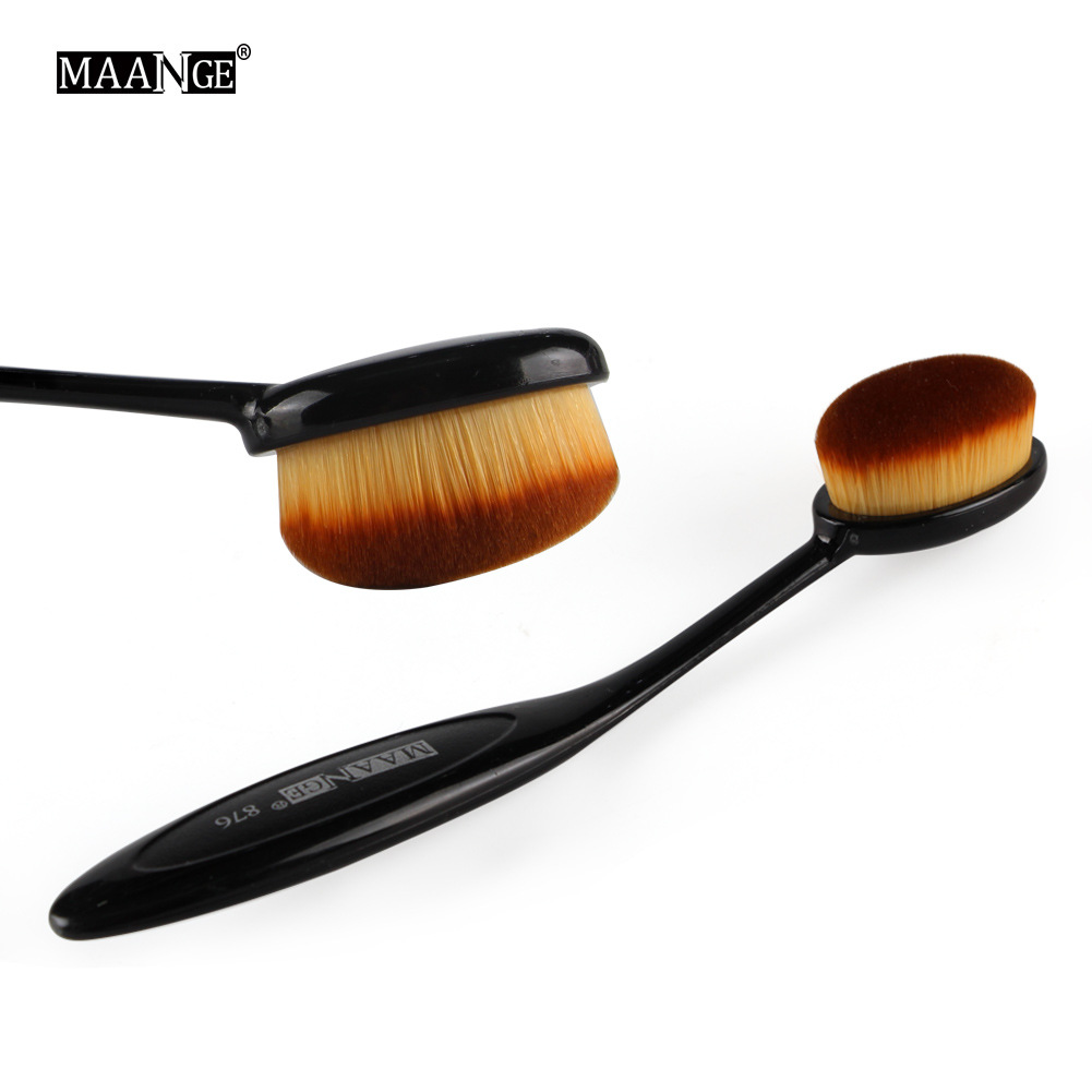New Toothbrush Foundation Brush, Super Soft and Comfortable Makeup Tool, Makeup Brush, Portable Beauty Tool. image
