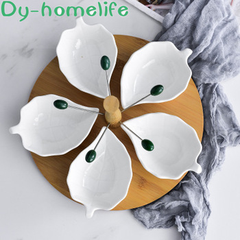 European Creative Wooden Base White Grid with Fork Ceramic Fruit Plate Household Storage Supplies Bone China Snack Storage Tray