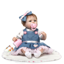 43cm Brown Hair Reborn Baby Doll Adorable Soft Lifelike Simulation Bebe Toys For Girls