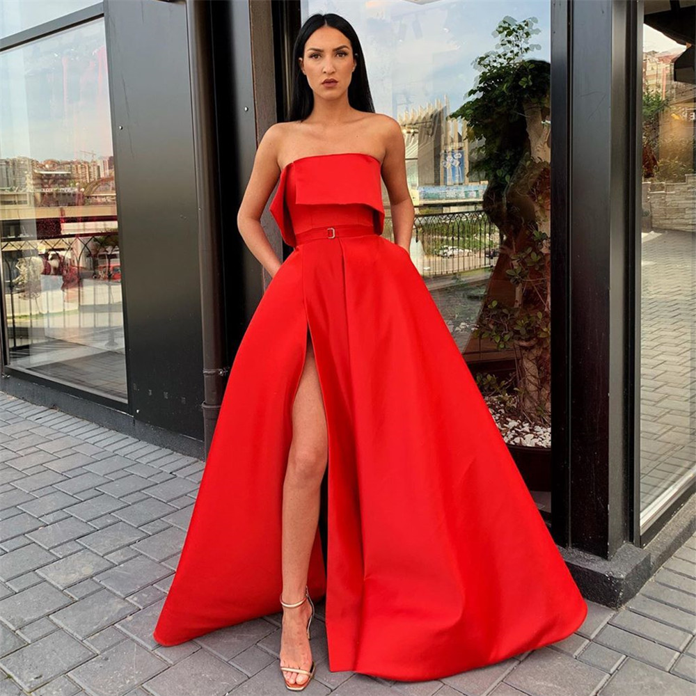 2020 Red Satin Strapless Prom Dresses With Pockets High Split Corset Back Ball Gown Formal Evening Party Dress Robe De Soiree