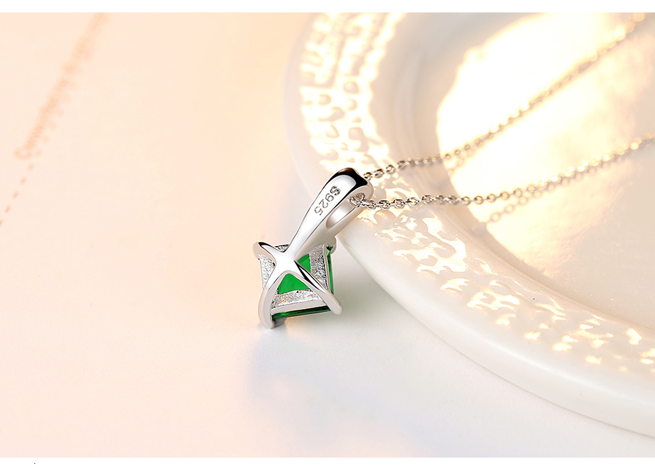 H220c2d45794c4a82b854591c657efd755 CZCITY Charm Chain Necklace Emerald Green Cubic Zirconia Popular Jewelry 925 Sterling Silver Pendant Necklace for Women Gift