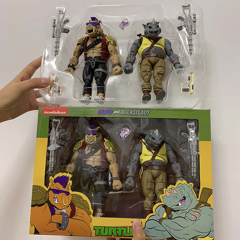 2PCS/Set NECA Shredder Michelangelo Foot Solder Donatello Krang Figure Bebop Rocksteady Turtle Figure Action Figurine Toy image