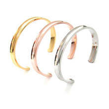 цена на Fashion new stainless steel hair band bracelet C-shaped open arc groove rubber band titanium steel bracelet bracelet