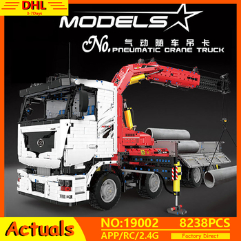 New Technic Car Series The MOC-8800 App Motorized Pneumatic Crane Truck Model Building Blocks Bricks Toys Kids Christmas Gift 20004 app rc technic series car motor power mobile crane mk ii model building blocks bricks compatible with 42009 toys kids gift