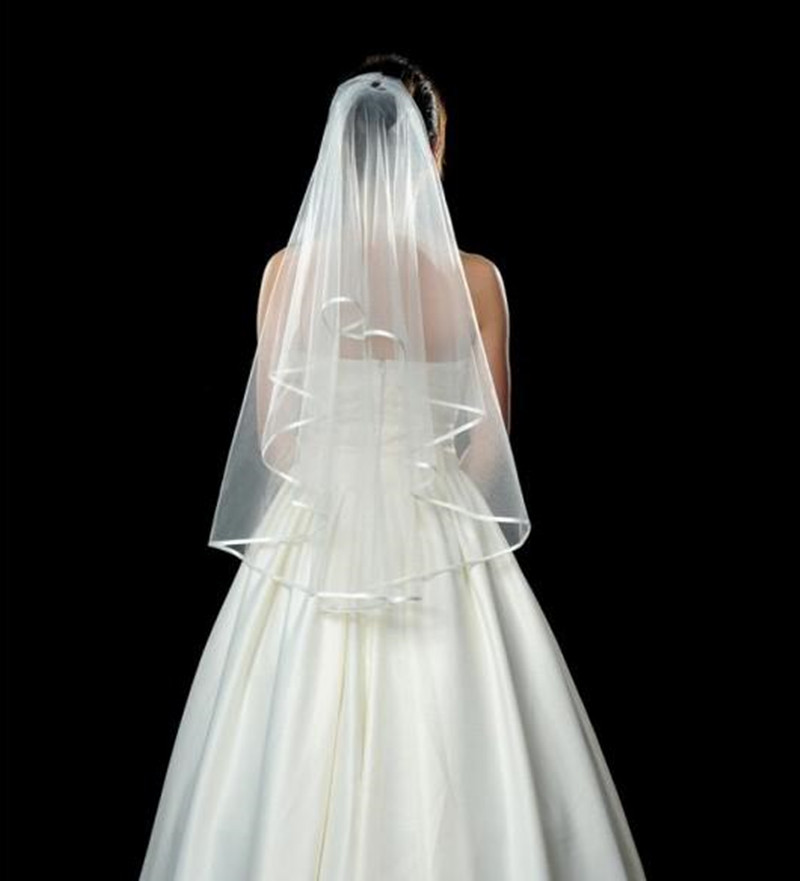 Best Selling New Arrival 2019 Cheap Ribbon Edge Short Bridal Veils 2 Layers Ivory White Tulle Wedding Accessories Simple Elegant