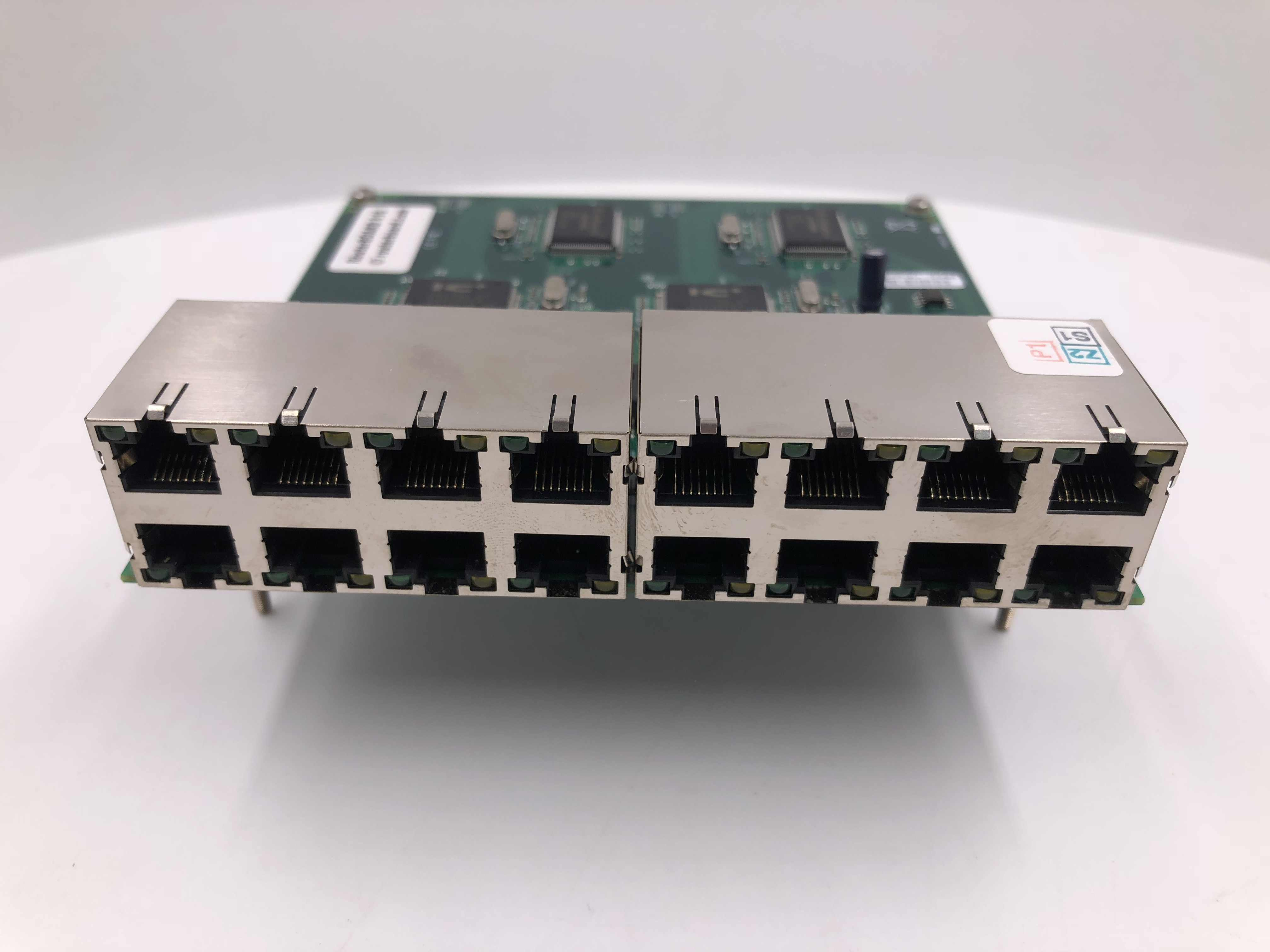 RB/816 RB816 Mikrotik RouterBoard 816 daughtercard adds 16 10/100 ethernet ports to RB/600 and RB/800