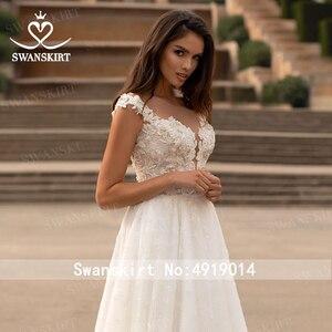 Image 5 - Swanskirt moda kristal düğün elbisesi 2020 yeni sevgiliye aplikler A Line İllüzyon prenses gelin kıyafeti Vestido de novia GI51