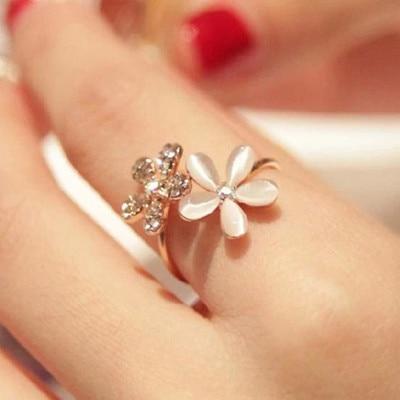 Новое модное регулируемое кольцо Стразы с маленькой маргариткой и цветком для женщин и девушек аксессуары ювелирные изделия оптом