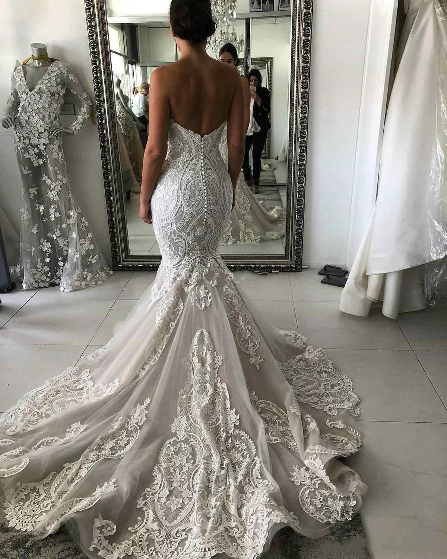 Booma Lace Wedding Dresses 2020 Long Sleeve V-neck Boho