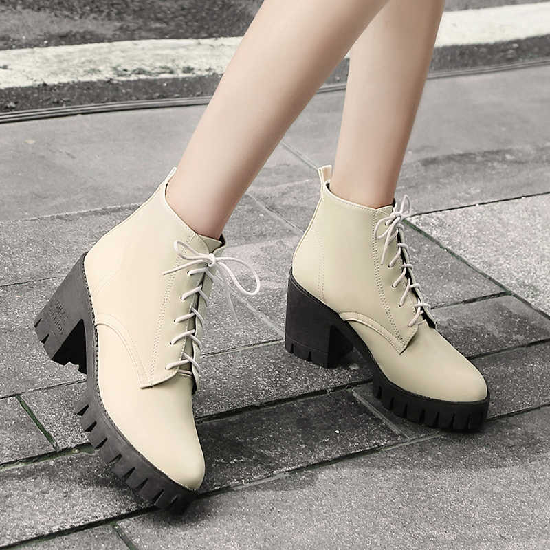 Yeni kadın moda botları kar Martin ayakkabı yarım çizmeler rahat platform çizmeler sıcak botlar su geçirmez yüksek topuklu 34-43